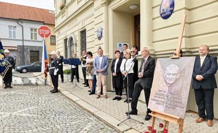 Dnes uplynulo již 145 let od narození Jaroslava Kursy, autora československé vlajky