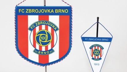 Stolní vlaječky stojánky pro sportovní kluby a spolky