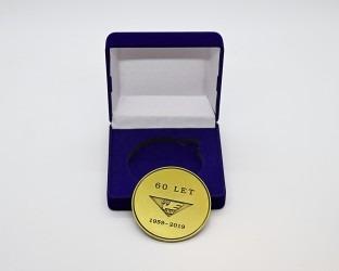 Upomínková medaile v dárkové krabičce, relaizace pro JLV, a. s.