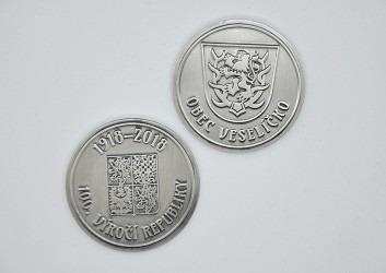 Oboustranné pamětní mince vyhotovené pro obec Veselíčko.