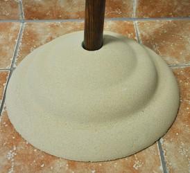 Pískovcový stojan k základní žerdi