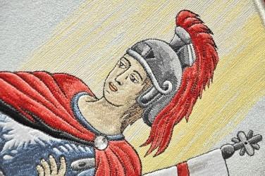Detail - výšivka svatého Floriána, revers repliky historického praporu