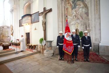 Slavnostní žehnání repliky historického praporu SDH Dačice