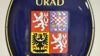 Smaltovaný ovál s velkým státním znakem ČR, a textem - MĚSTSKÝ ÚŘAD NECHANICE