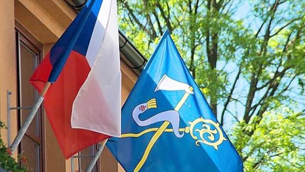 Kdy, kde a jak vyvěsit státní a obecní vlajku?